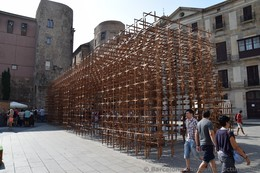 Wooden Sticks Cubic Sculpture next to Barcelona Cathedral.jpg