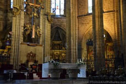 Altar Table of Barcelona Cathedral.jpg