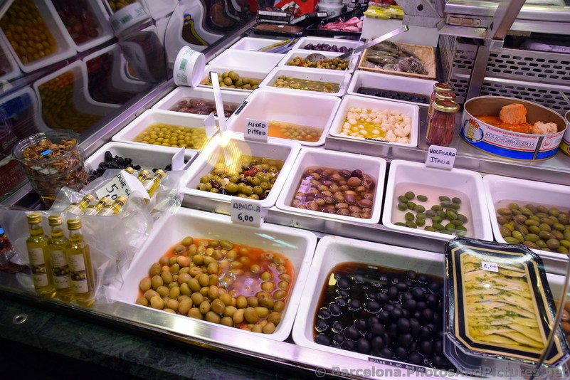 Pickled Olives for Sale @ La Boqueria.jpg