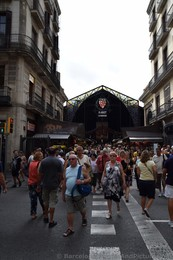 Crowded Entrance Area for La Boqueria.jpg