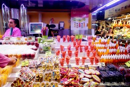 Fresh Fruit Stall @ Mercat de la Boqueria.jpg