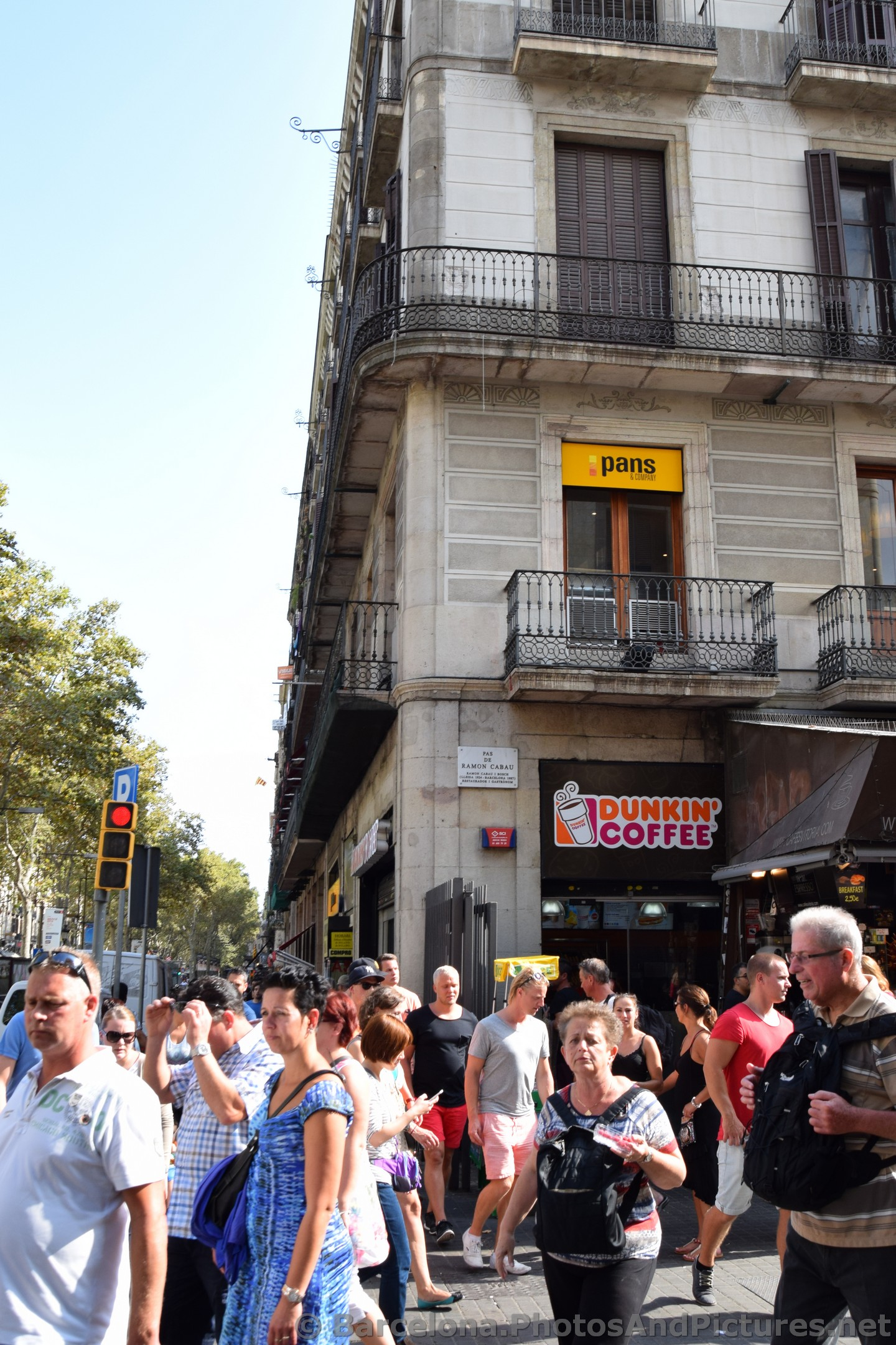 Dunkin Coffee La Rambla with Pas de Ramon Cabau Plaque.jpg