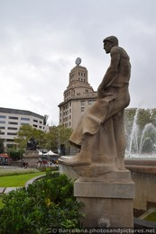 Catalunya Square Fountain Statue of Man in Robes.jpg