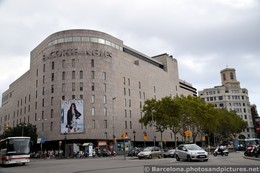 El Corte Ingles Building next to Catalunya Square.jpg