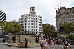 Banco de Espana Building Seen from Placa Catalunya.jpg